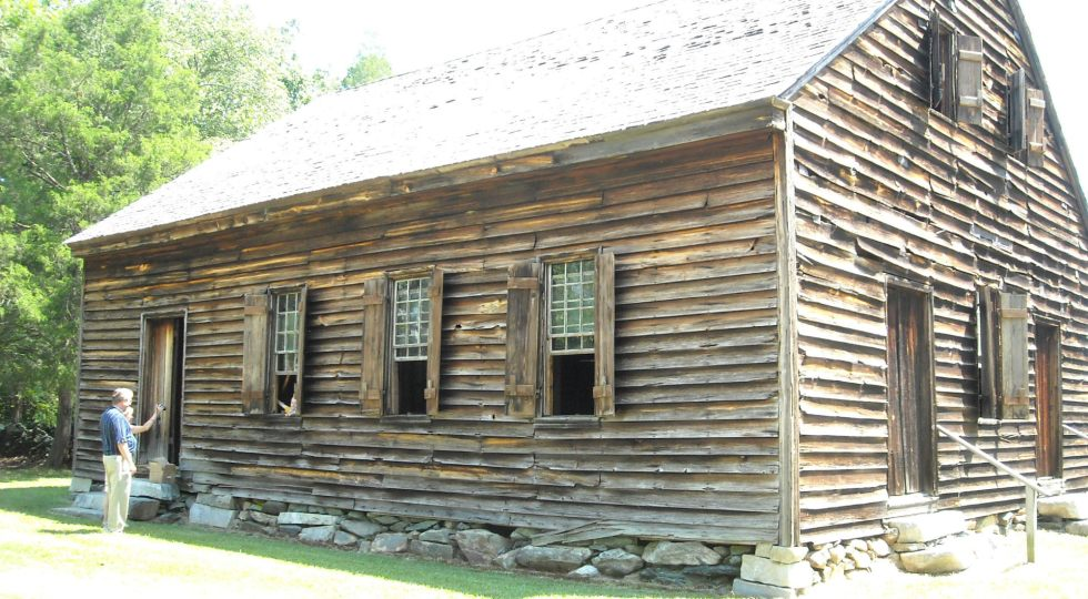 ss_old_wood_house